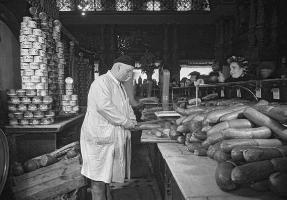 Производство варённой колбасы в СССР