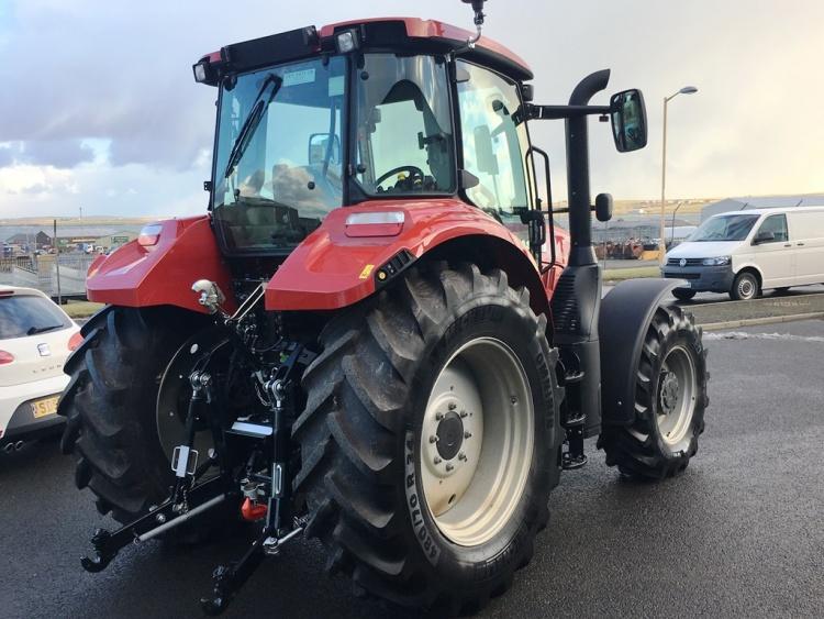 Новый трактор Кейс