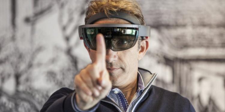 Очки виртуальной реальности Hololens