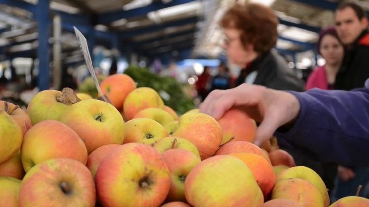 Обработка фруктов воском