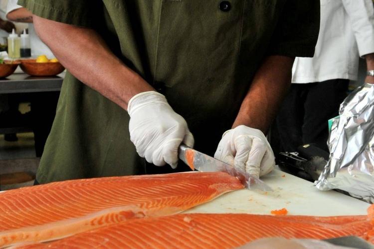 Как производят рыбные консервы